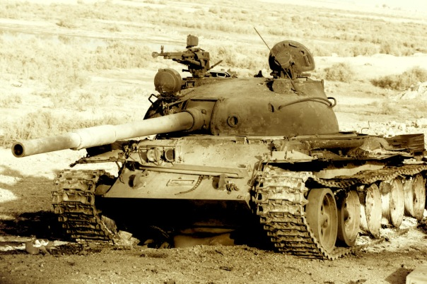 T-62.,_destroyed,_Iraq