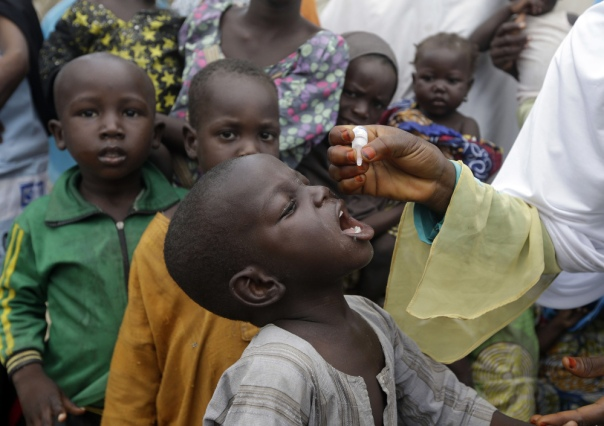 1043629_nigeria-fighting-polio-j16