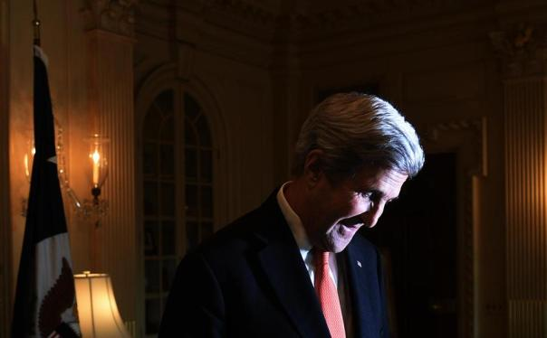 riecken_johnkerry04_nat