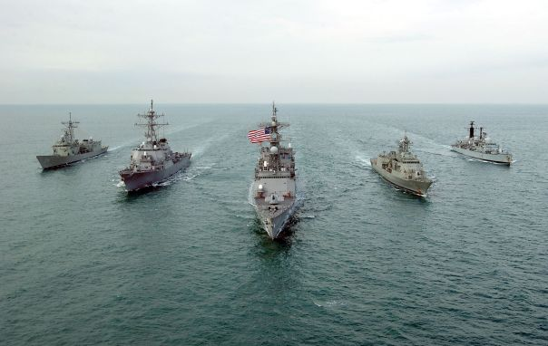 us_aust_uk_warships_dec_02