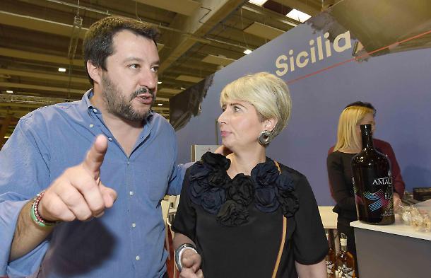 1492198150744.jpg--becchi_e_il_tintinnio_di_manette__politica_nelle_mani_dei_pm___salvini__occhio___consiglio_salva_vita_