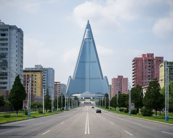 pyongyang-north-korea-vintage-architecture-photo-essay-by-raphael-olivier-5