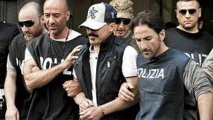 arresti-in-valdano-956928_tn