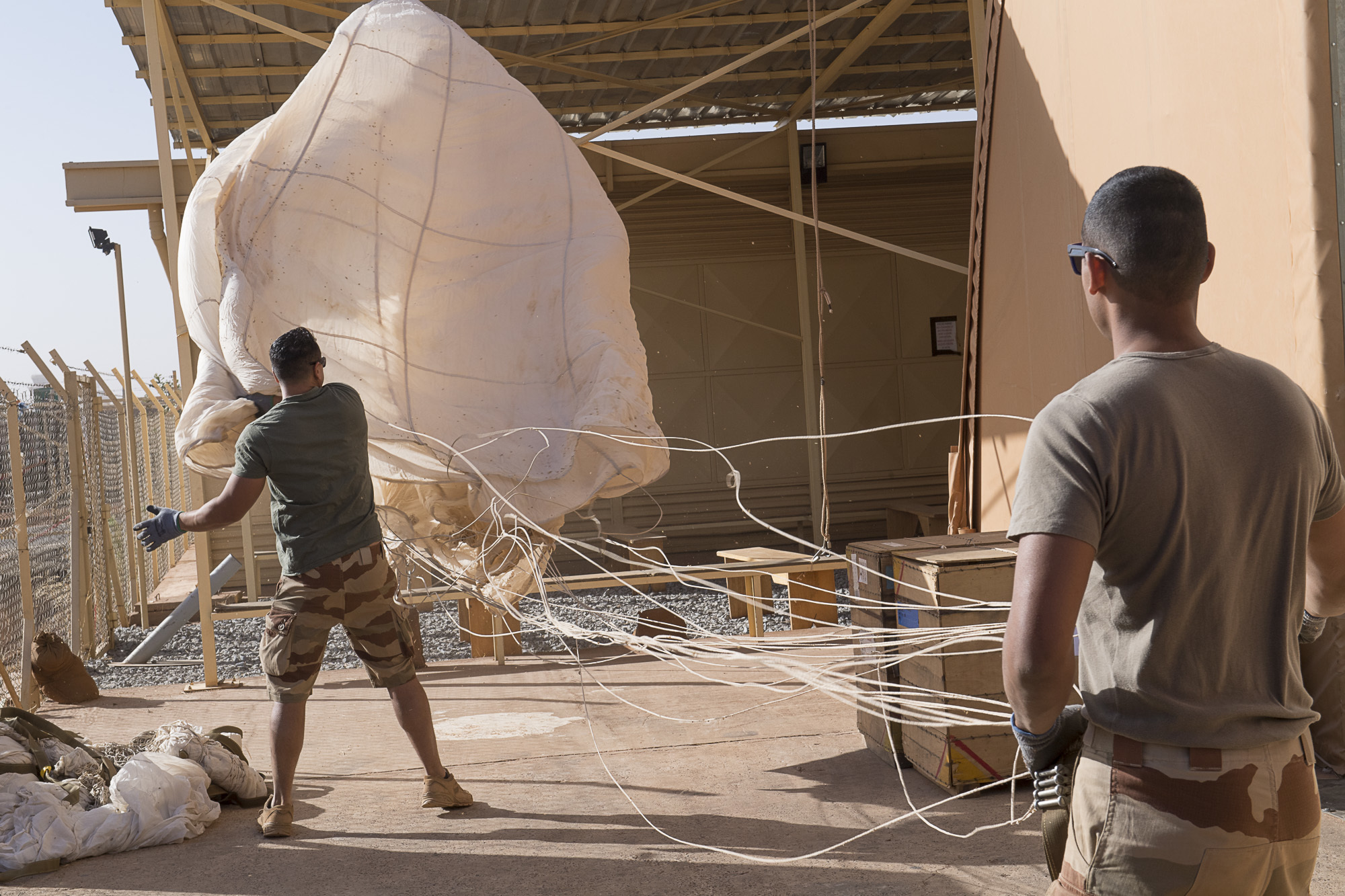 Le détachement technique de matériel parachutage largage de Ba