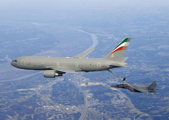 KC-767 aerial refueling aircraft now entering #Jordan from #Saudi Arabian airspace. Provides logistics for jet fighters which are expected to launch cruise missiles towards #Syria attack on Syria..jpg