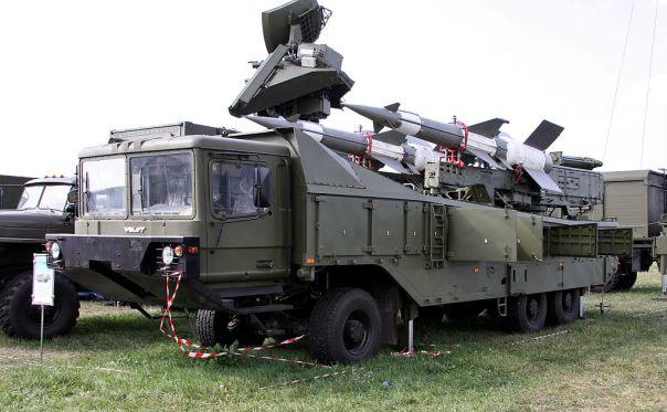 1024px-Pechora-2M_-_missile_launcher_2