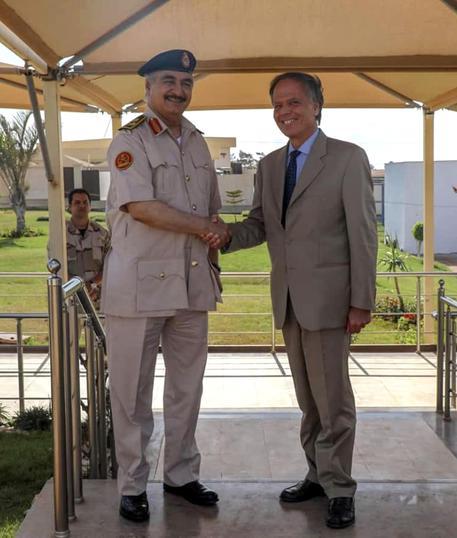 Moavero vola da Haftar a Bengasi, 'ampia convergenza'