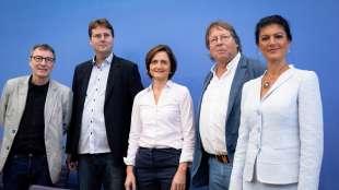 sahra-wagenknecht-e-i-fondatori-di-aufstehen-1056401_tn